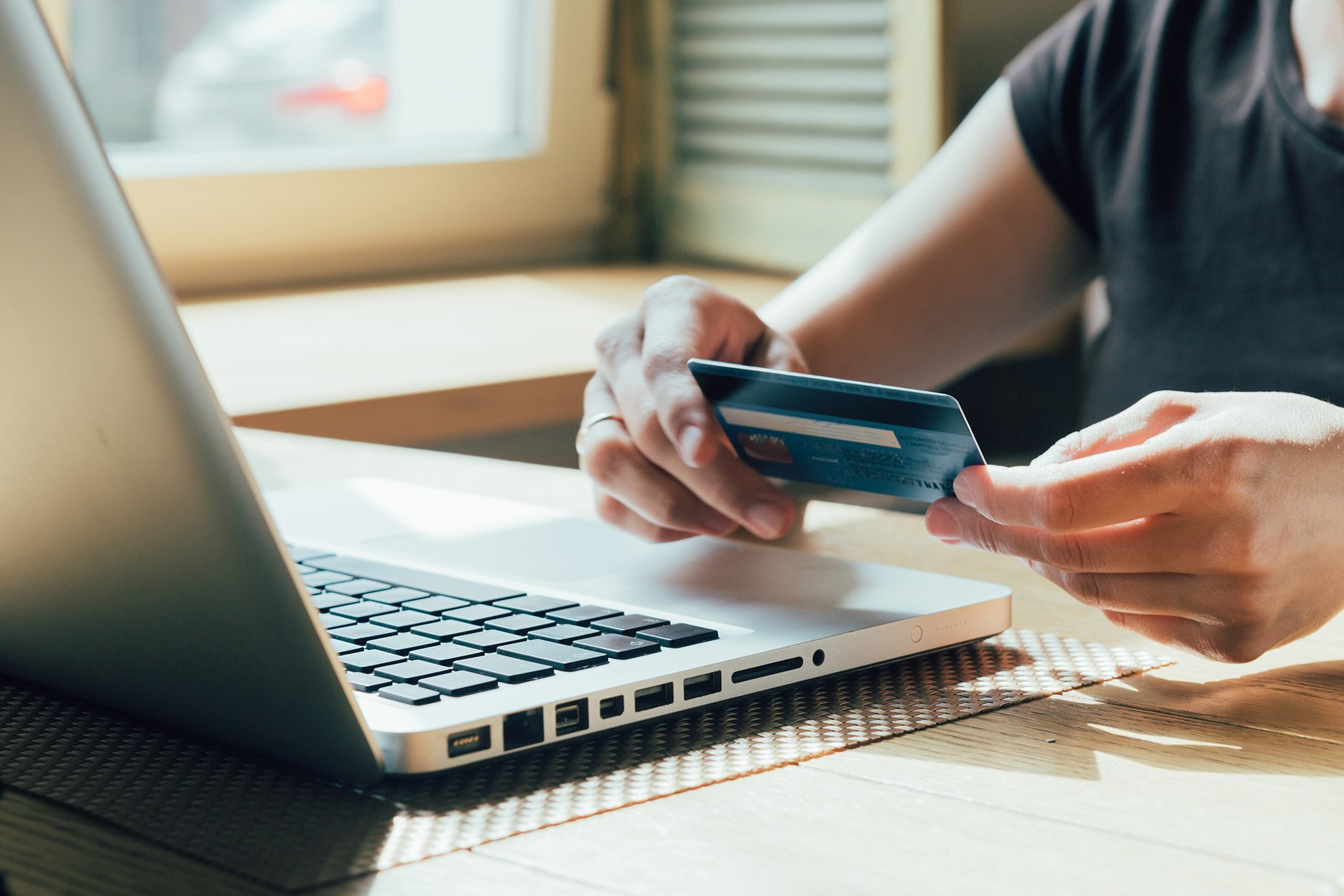Building a Successful Loyalty Program in Retail Banking - Iflexion